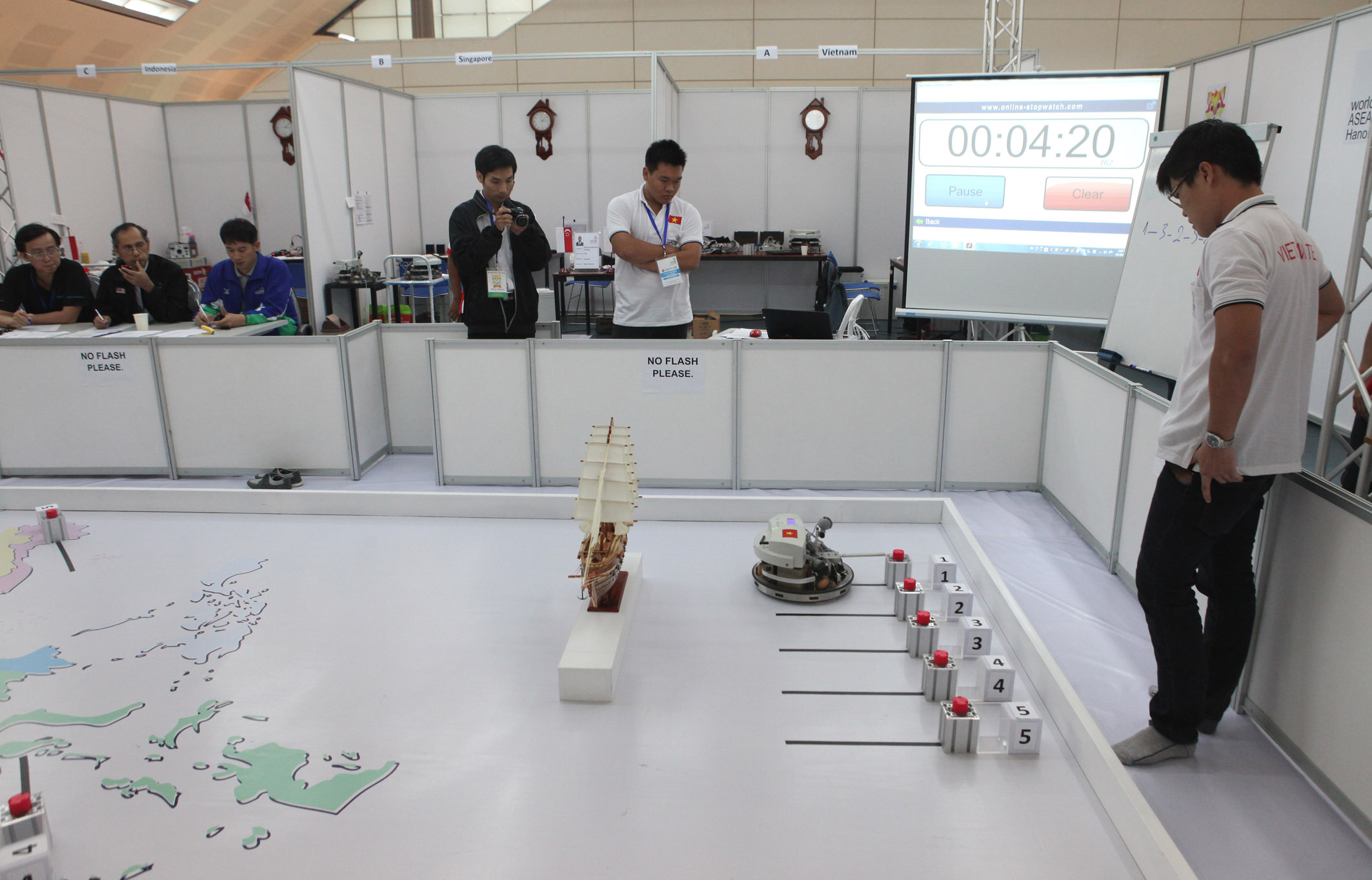 Contestants of Mobile robotics, Anh Tuan – Vietnam News Agency