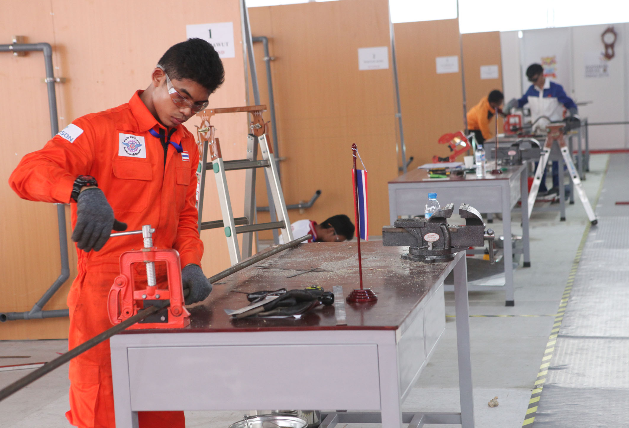 Contestants of Water piping, Anh Tuan – Vietnam News Agency