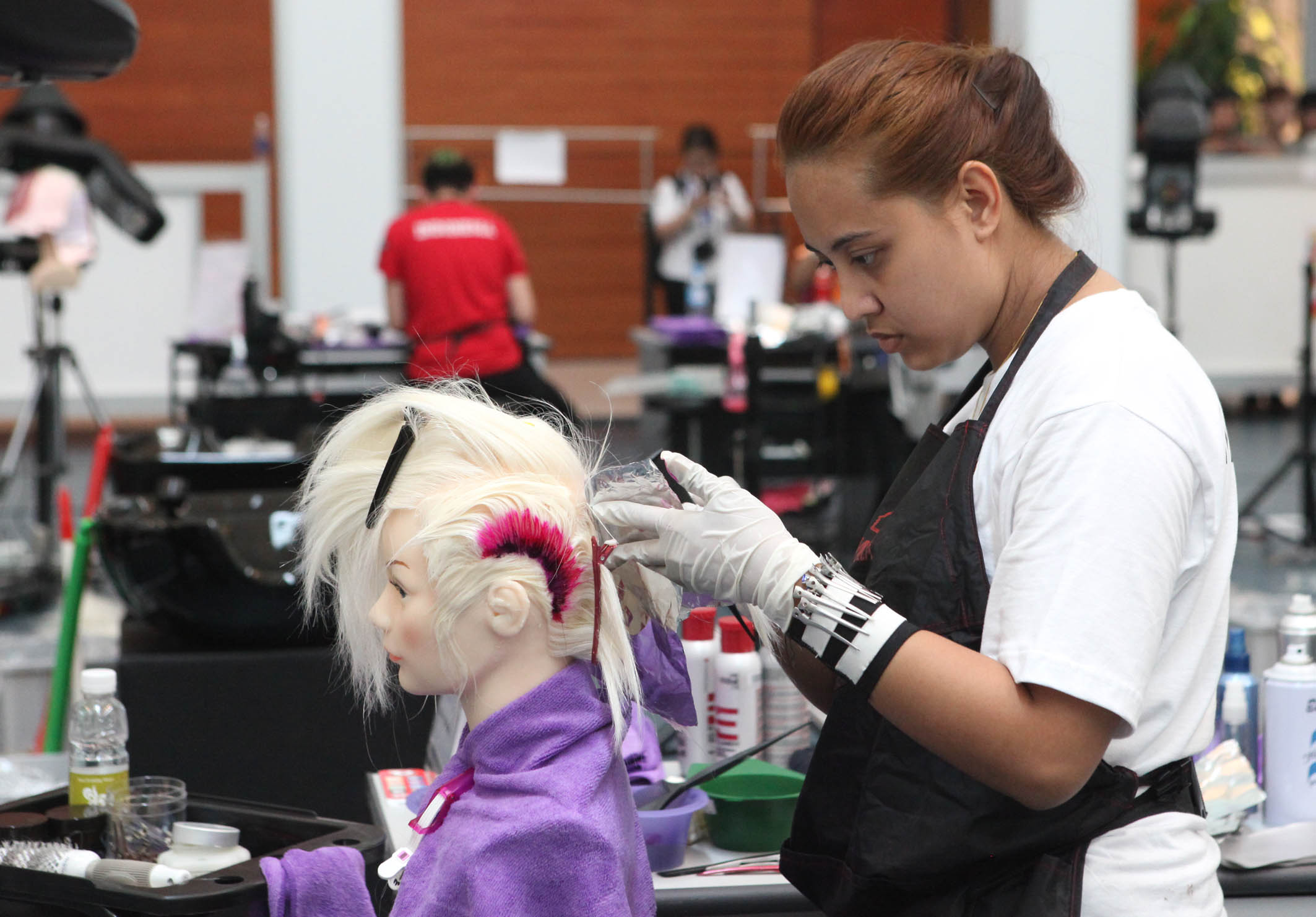 Contestants of hair styling, Anh Tuan – Vietnam News Agency
